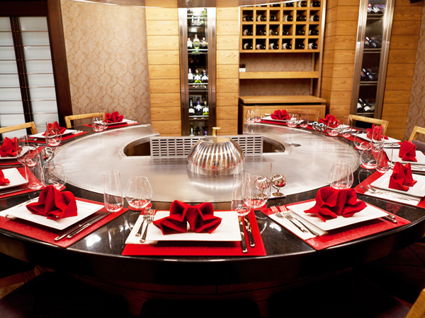 Circle Shape Teppanayaki Grill Table