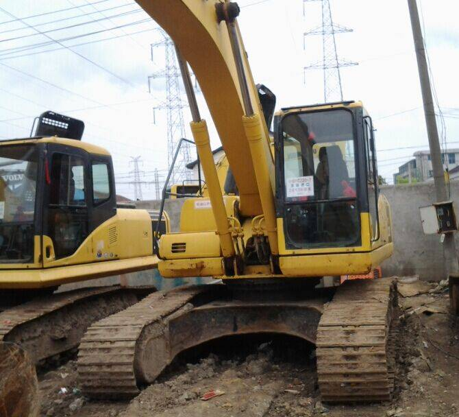 Used Japan Original Komatsu PC220-7 Crawler Excavator