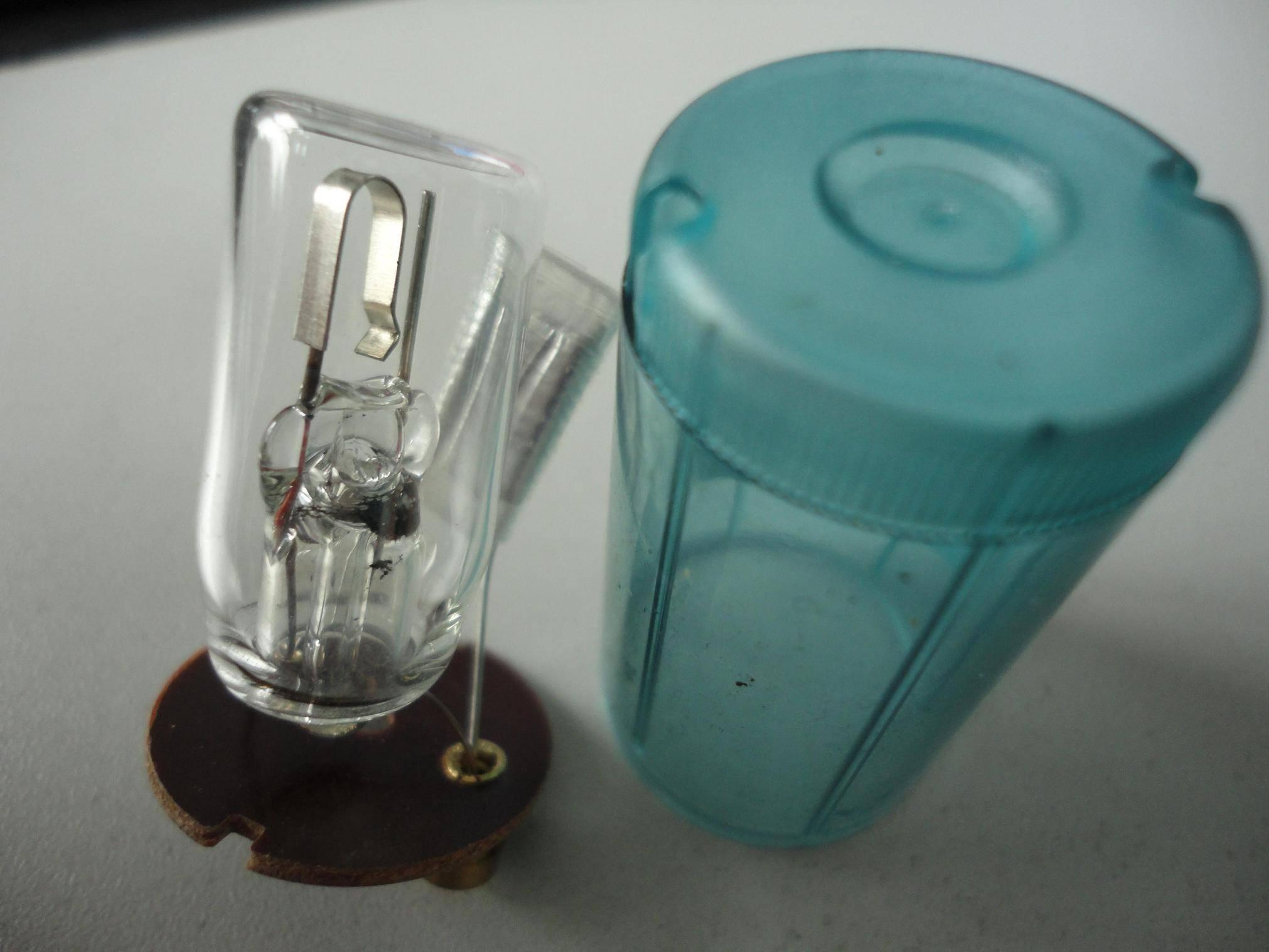 220-240V/250V,4-65w/4-80w,FlatBulb/SharpBulb,glow starter for fluorescent lamp(CE&ROHS