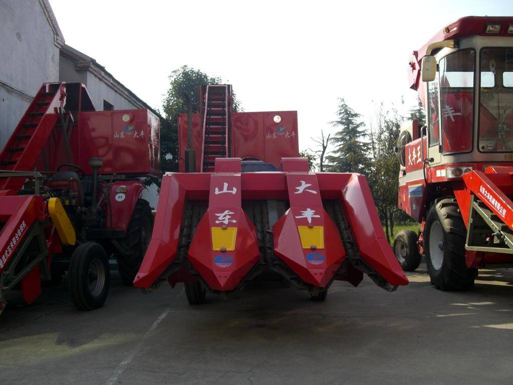 4YW-3 Corn Combine Harvesters