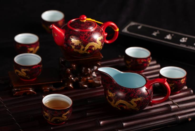 Red dragon ceramic coffee & tea sets with Chinese characteristic