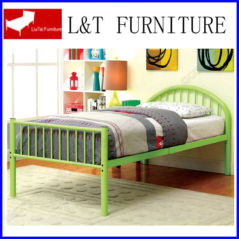 Wrought Iron bed green color with metal steel bed base