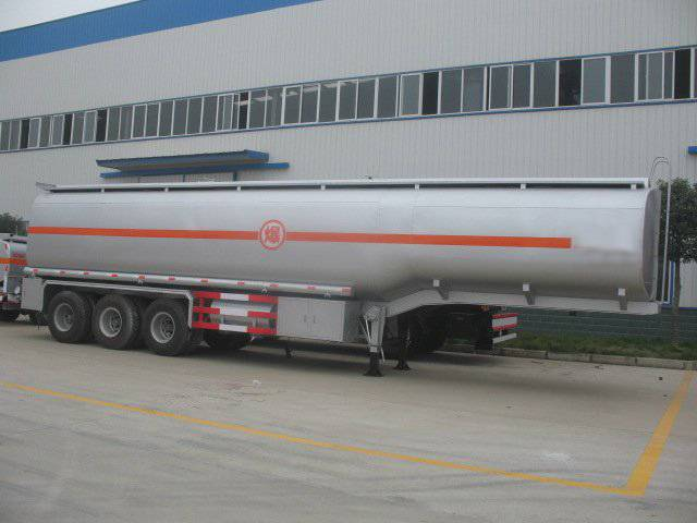 Tri-axle fuel tanker trailer/oil tank semitrailer