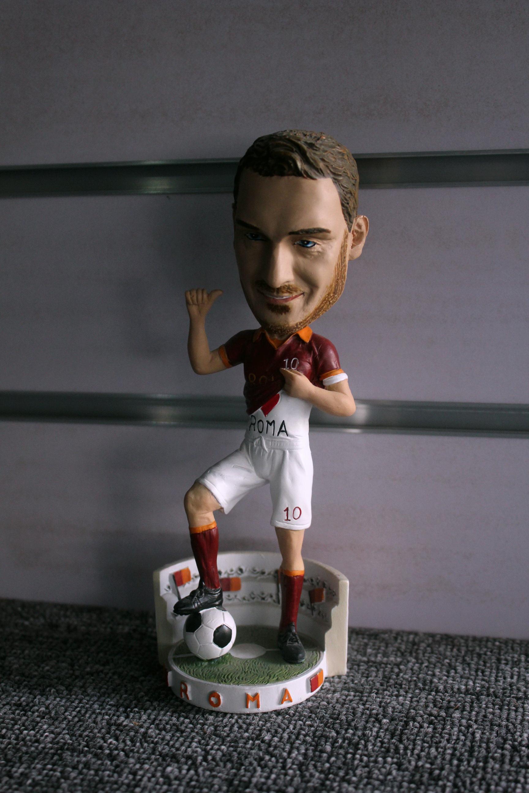 """8"""" resin bobble head soccer star figurine"""