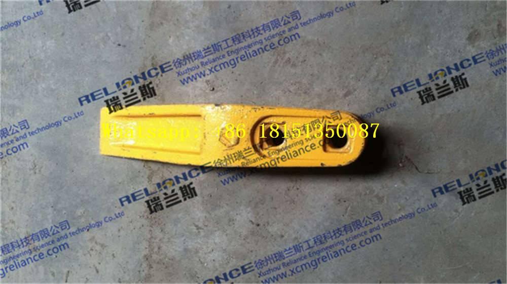 XCMG SPARE PARTS- LW500FN-bucket teeth-252101813