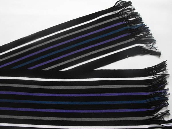 strip scarf