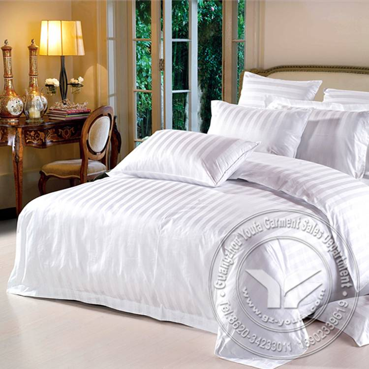 60S satin jacquard 300 thread count hotel bedding set
