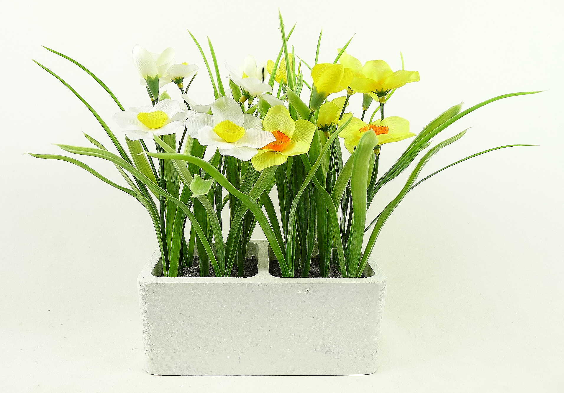 Home decor faux plant potted daffodil