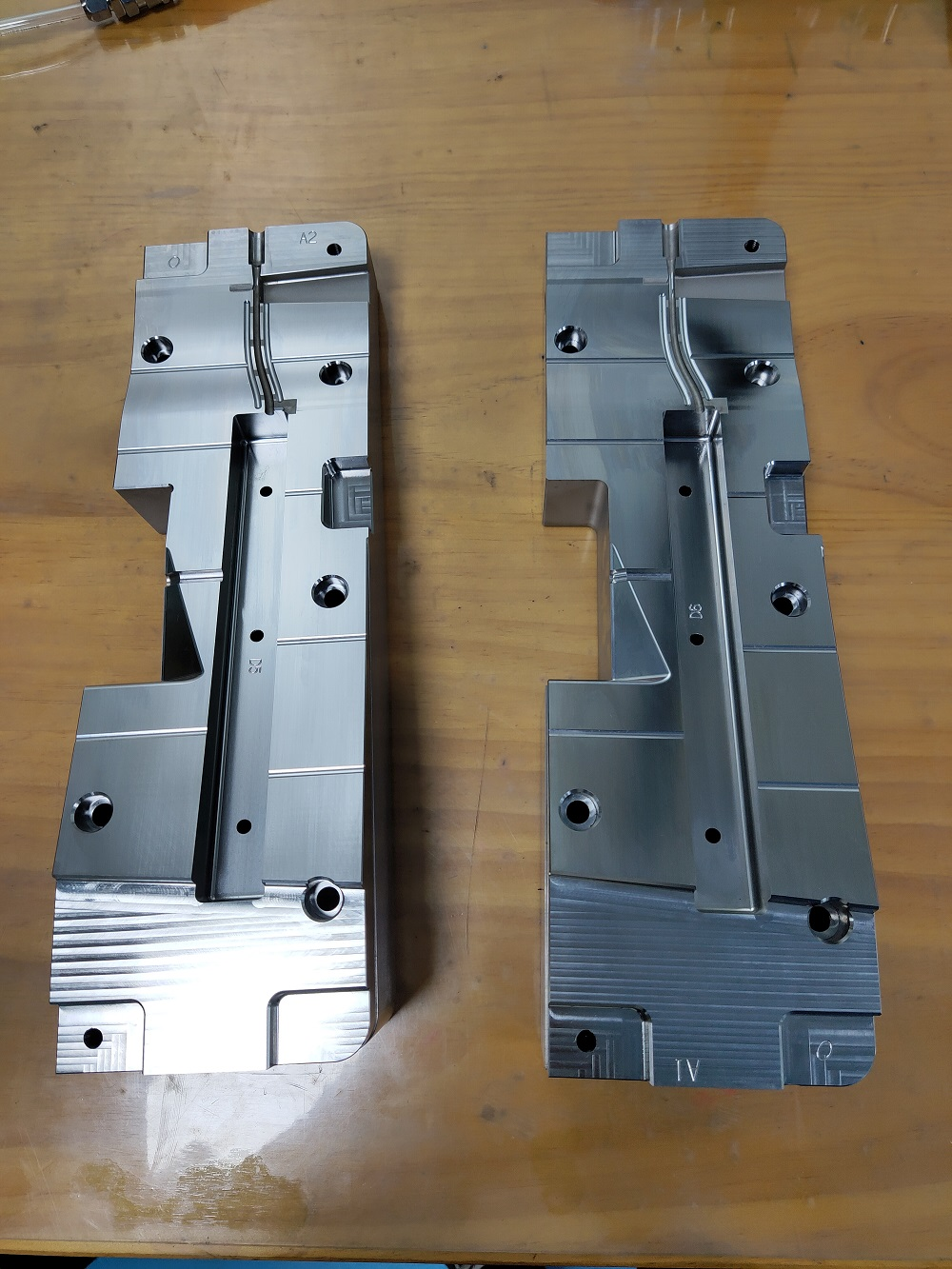 high precision machining mold parts and mold components in China