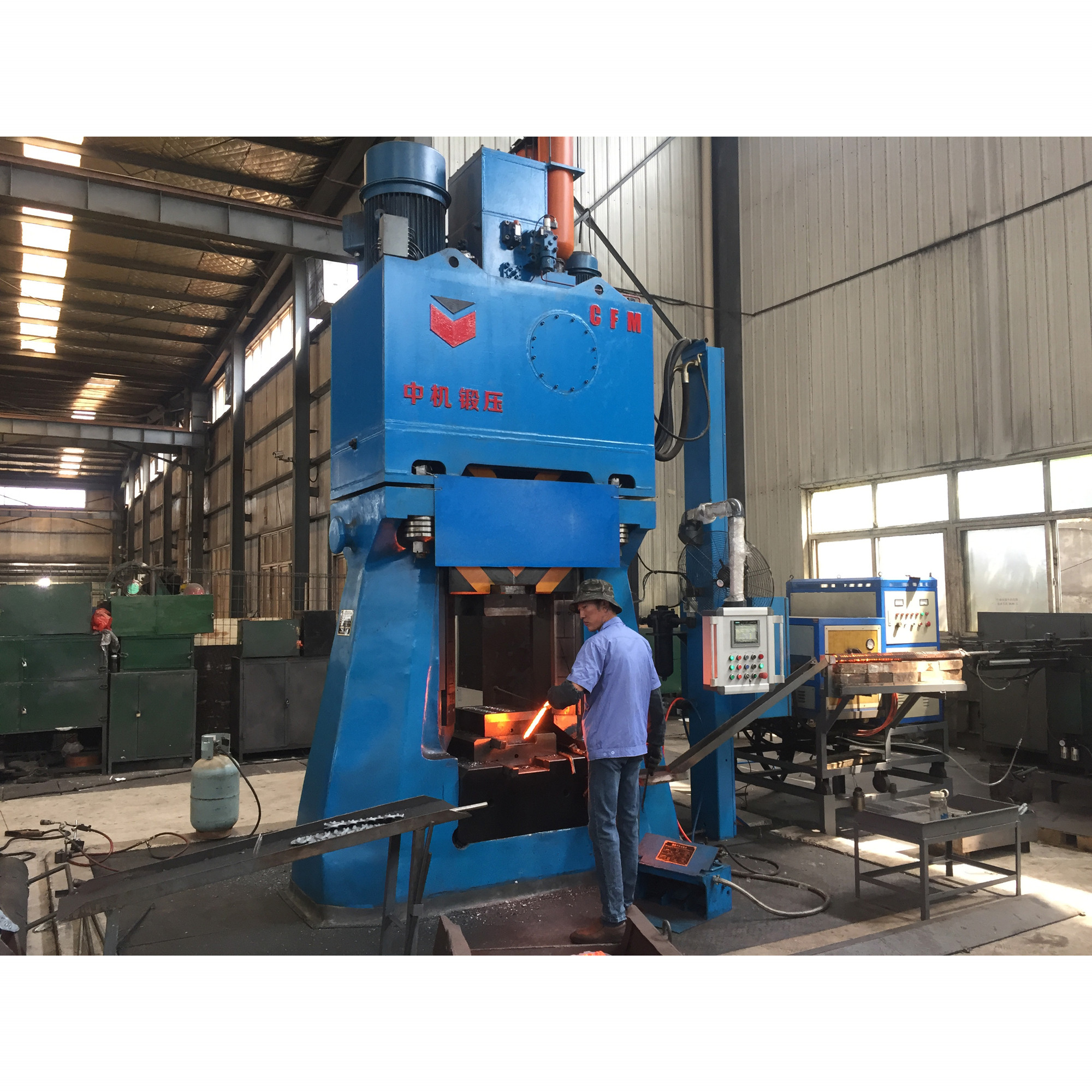 Pliers/Wrenches/Spanners/Hardware Tools Forge on Hydraulic Die Forging Hammer 1.5Tons