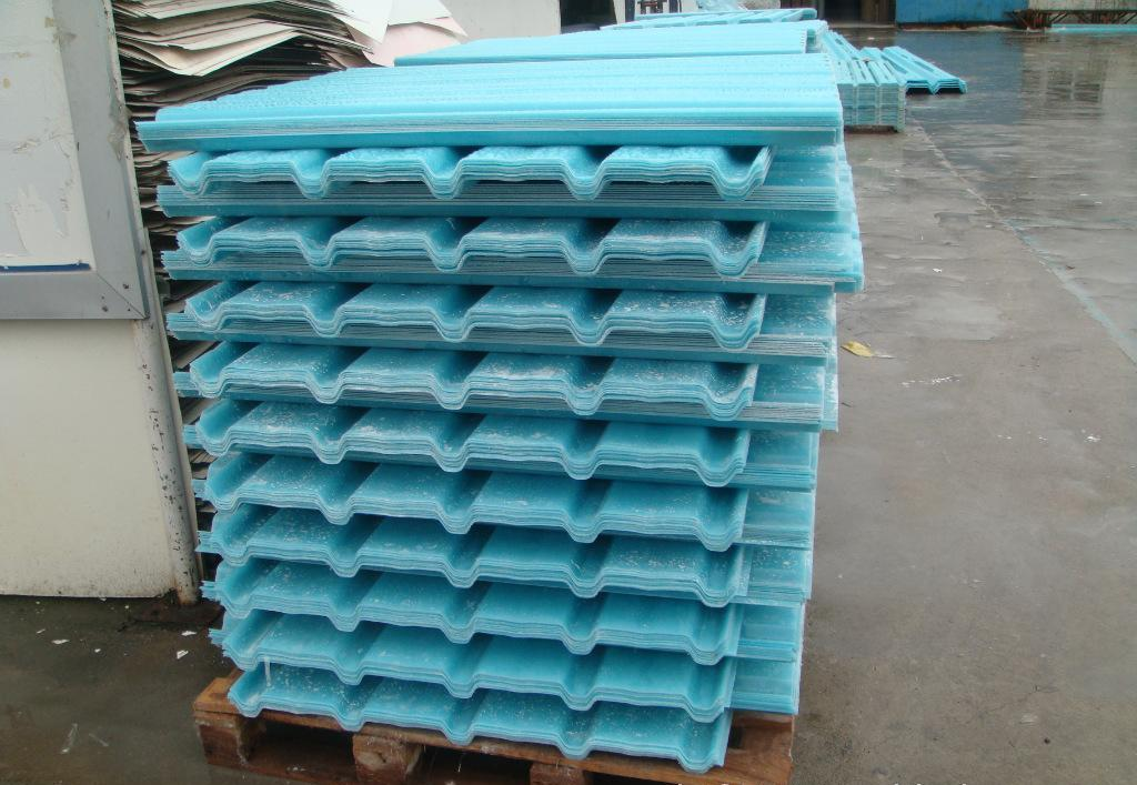 Competitive Price Corrugated Sheet plastic Roofing/Cheap fibergalsss Roofing Sheet Classical Type