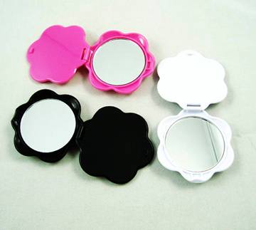 Beautiful rose shaped plastic pocket mirror as gifts for women