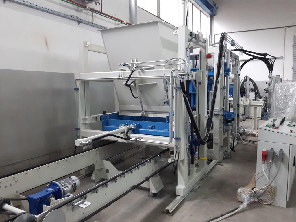 Stationary block machine SUMAB R-500 - automatic control model