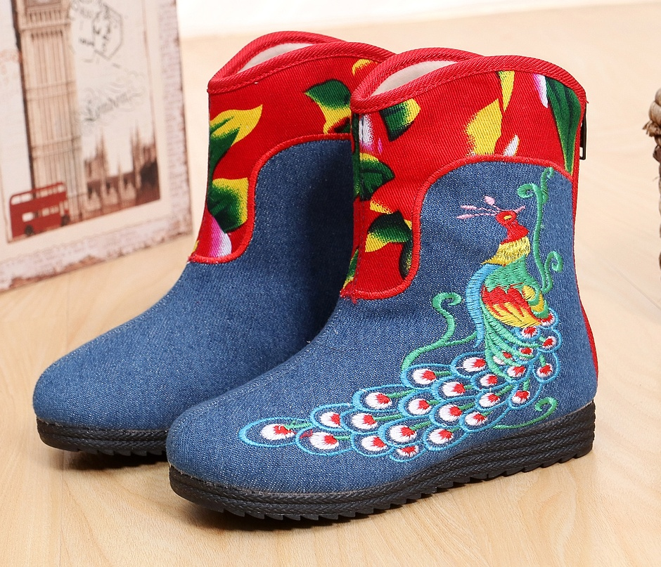 Cheap girl autumn winter old Beijing embroidered peacock shoes ethnic style thermal warm ankle clot