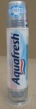 Aquafresh Whitening toothpaste