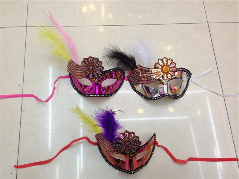 Halloween Venetian Masquerade Party Hollow Flower Decoration Mask With Feather