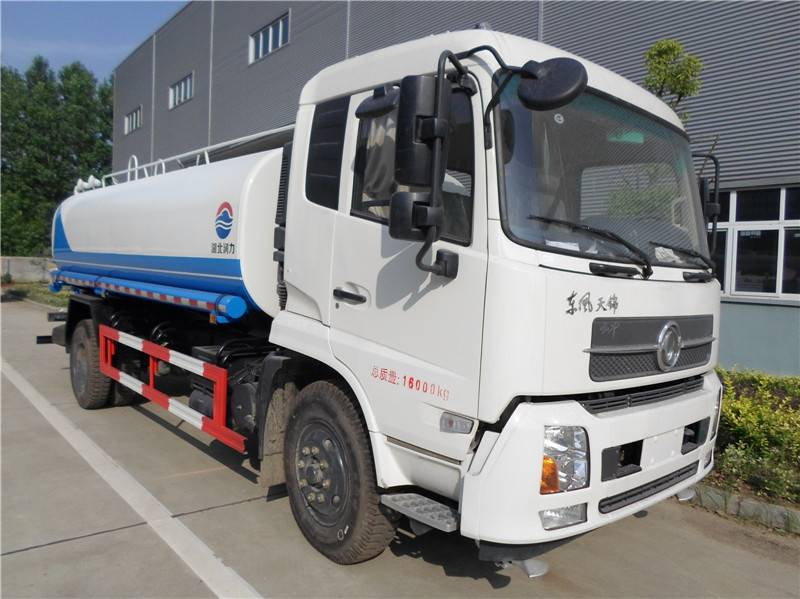 Dongfeng sprinkler truck 10m3 for sale 008615826750255 (Whatsapp)