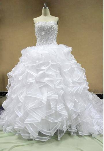 2014 New Strapless Chapel Train Ruffle Lace Wedding Dres