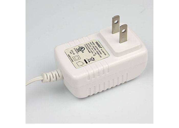White PC Material 5V 3A  US Plug AC  Switching Power Adapter