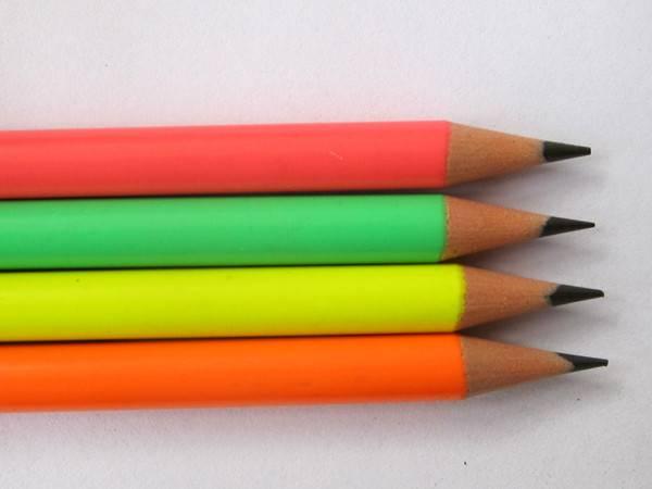 """7""""Plastic colored pencil"""