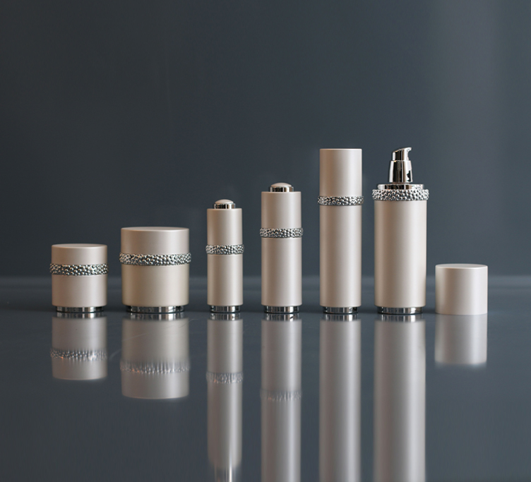 Cosmetic packaging Essential lotion bottles