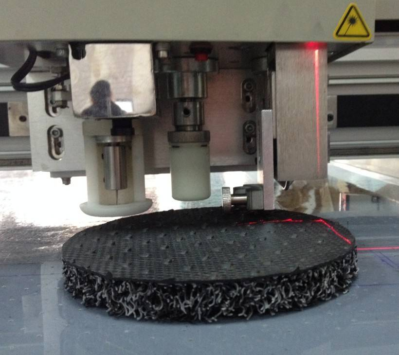 automobile car cushion mat carpet felt floor foot flatbed digital cutter table plotter machine