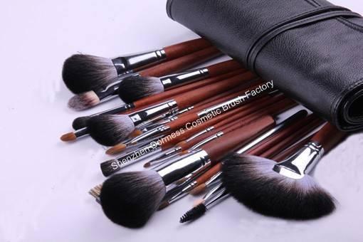 22-piece Professional Cosmetic/Makeup Brush Set, Hair:ZGF goat,sable,raccoon,nylon hair, Wood Handle