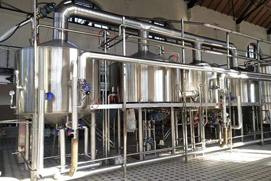 Turnkey brewing system