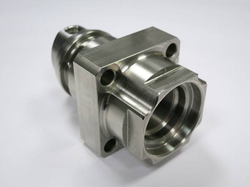 cnc turning and milling, lathe machining service made in China