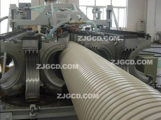 Large-diameter reinforced pvc pipe extrusion production line