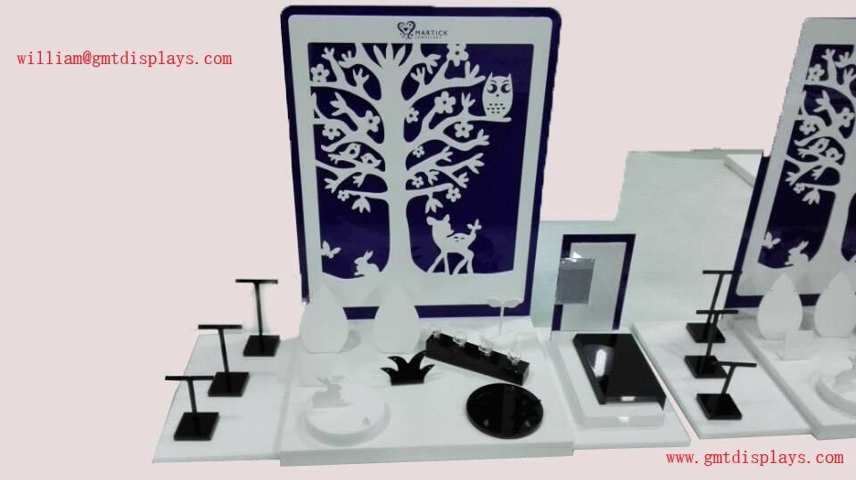 GMT acrylic jewelry dispaly set, acrylic jewellry window display