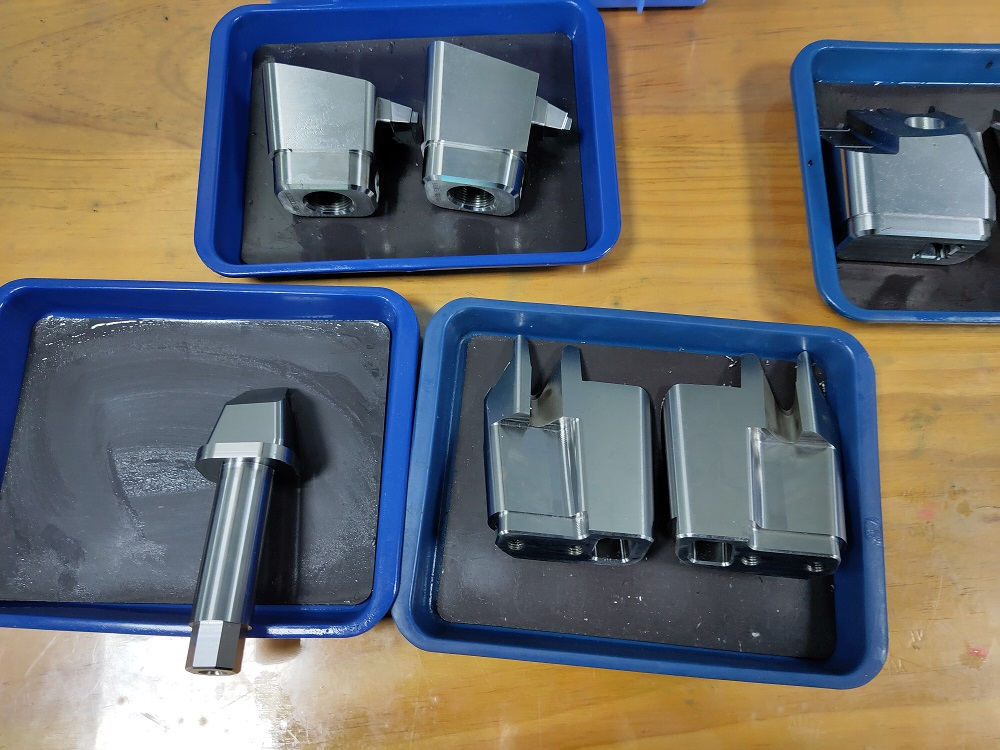 high precision auto injection mold parts manufacturer in China