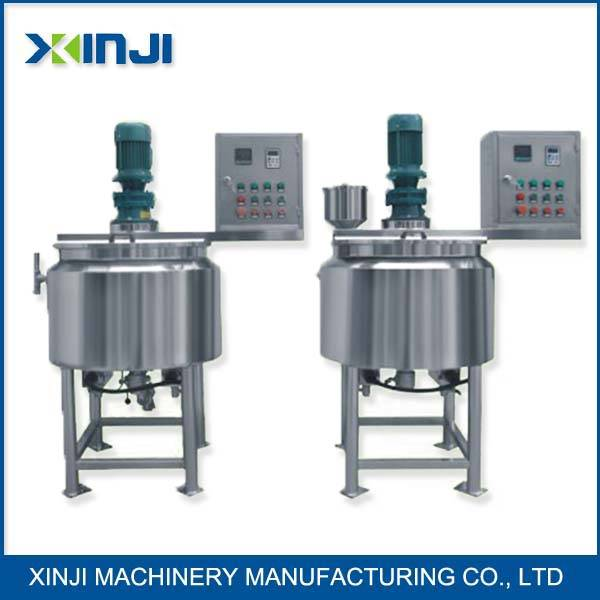 Stainless steel chemical mixing tank with agitator