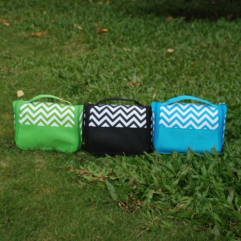 3 Colors Chevron Hanging Toiletry Bag Makeup Bag and Cases