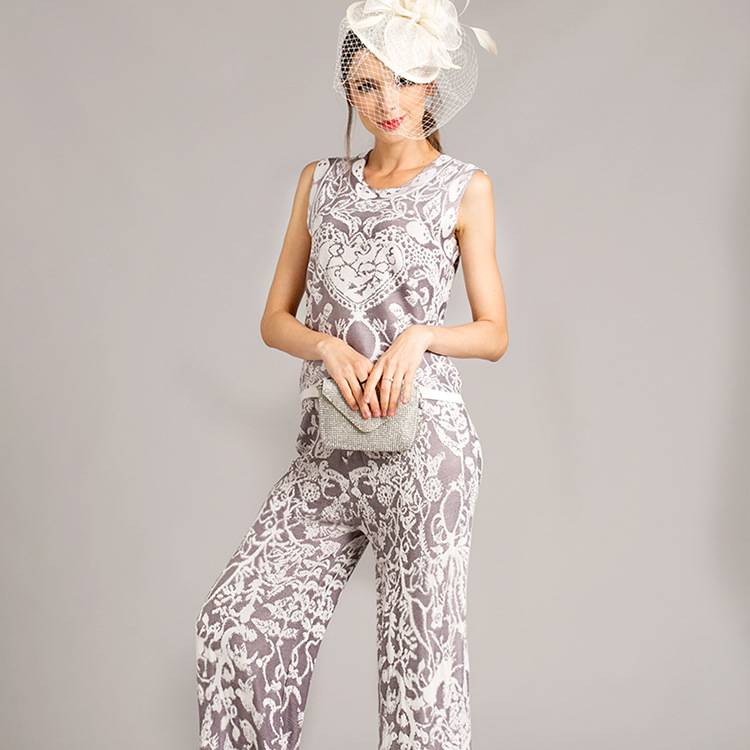 The new spring and summer 2016 creative Europe wide leg pants knitted suit jacket.
