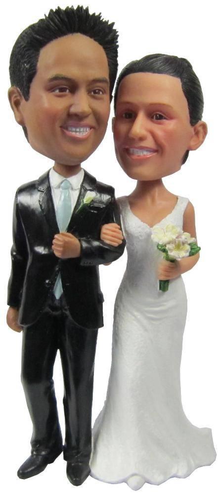 custom wedding couple bobbleheads