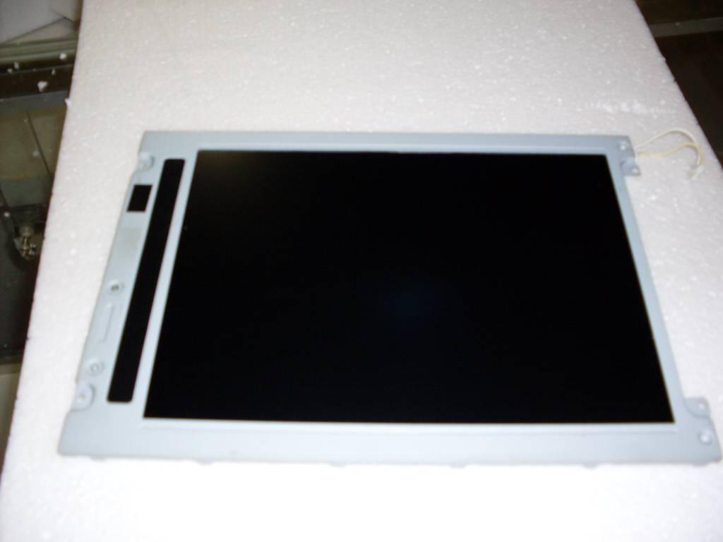 lcd panel  LM10V335  LM10V332