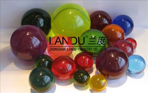 High quality colorful different size acrylic round balls