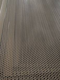 Hexagonal shape wire Mesh for sports venue fence