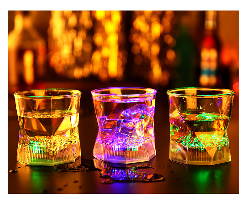 Cheap LED Flashing Cup for Parties or weddings Glowing LED Cup promotion Gifts