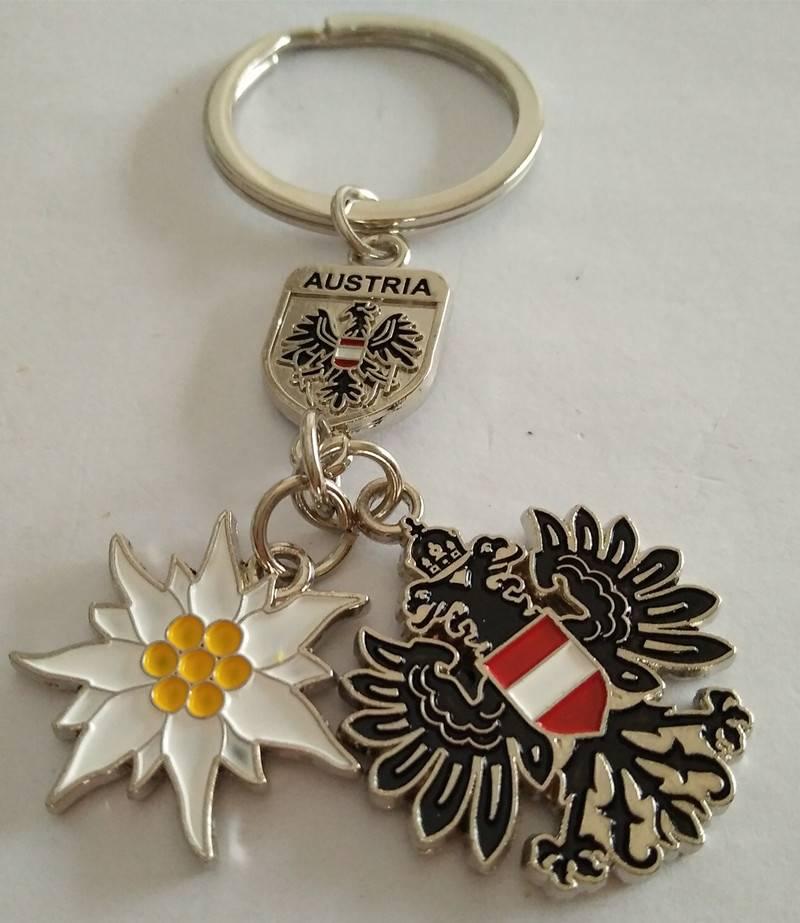 Promotion & wholesale custom souvenirs & tourism zinc alloy keychain