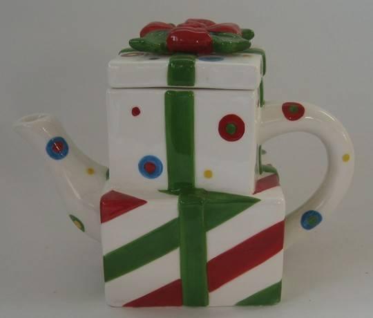 Ceramic christmas teapot