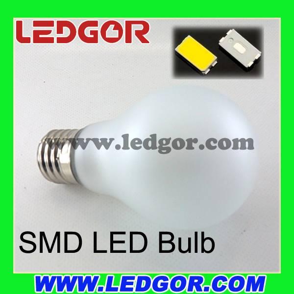 360 degree beam angle E27 B22 Glass Frost A60 A19 led globe bulb
