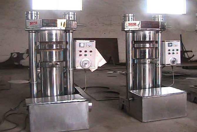 2014 hot sale low consumption coconut copra oil press machine