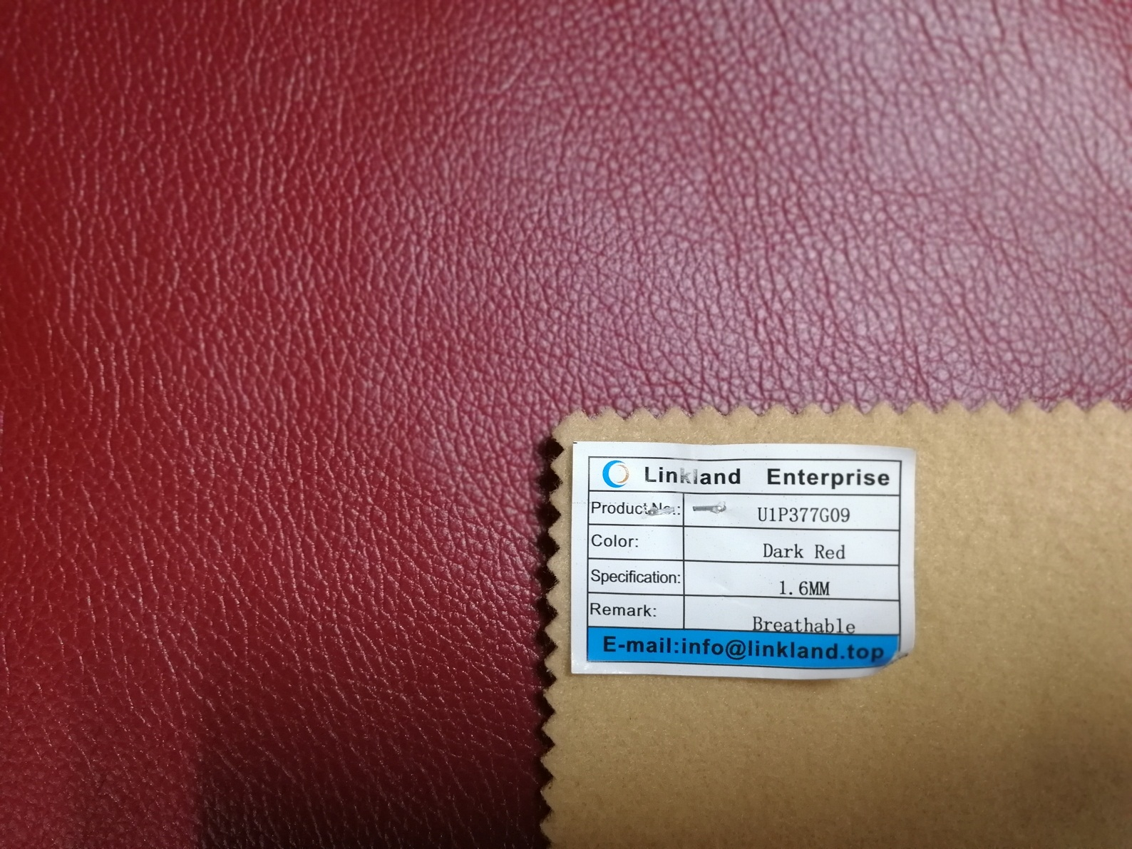 HOT-SELLING BREATHABLE PU SYNTHETIC LEATHER FOR SOFA