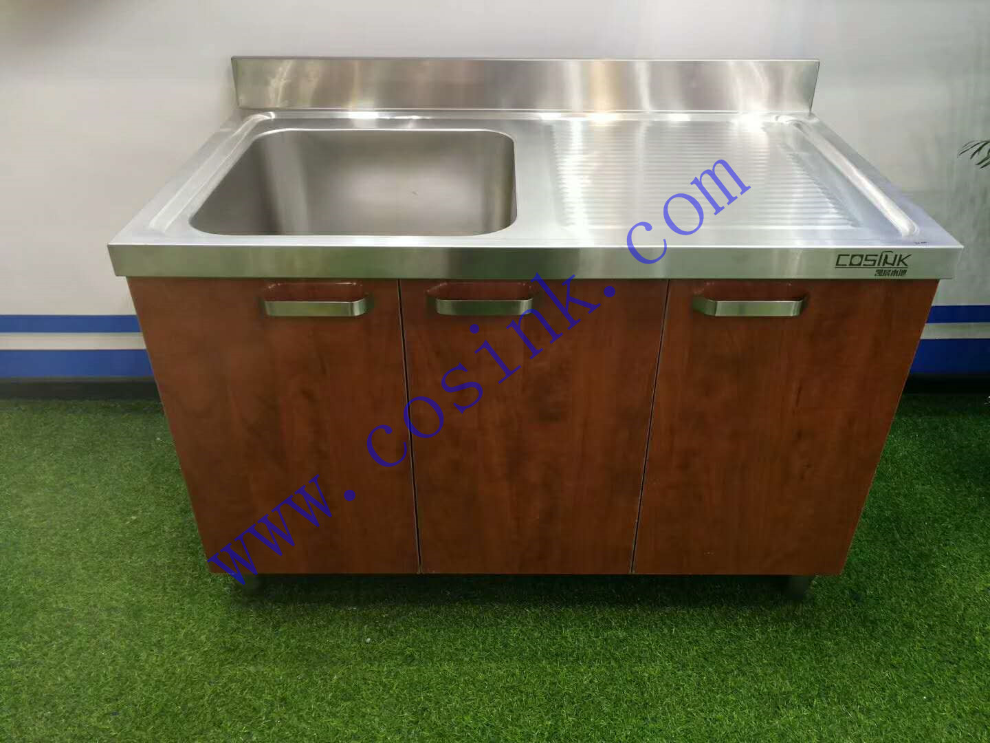 Picture of: Cosink Single Bowl Commercial Stainless Steel Kitchen Sink With Drain Board Zhongkai Commercial Equipment Co Ltd Ecplaza Net