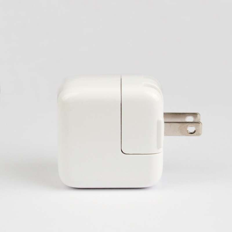 Original A1400 MD813 OEM Apple iPhone 5W USB charger cube