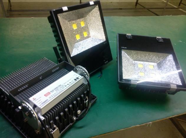 Low price 120W LED flood light IP65