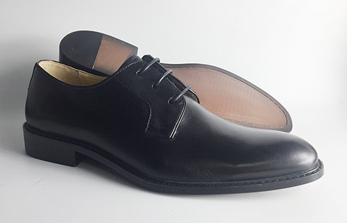 Handmade leather men shoes