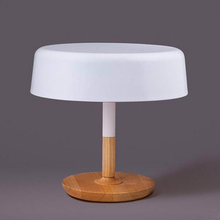 Metal-fashion-modern-innovative-table-lamp